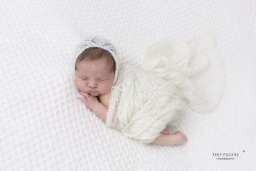 mohair-newborn-wrap-knitted-textured-newbornprops-eu-uk-white