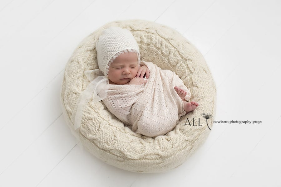 Newborn Bean Bag Poser - 'Create-a-Nest'™ Alexis newbornprops eu