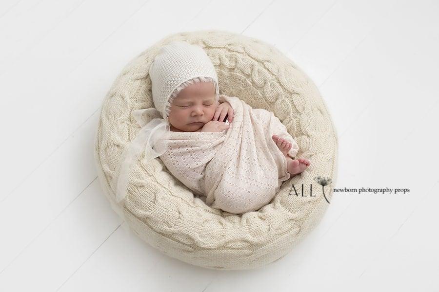 Newborn Bean Bag Poser - 'Create-a-Nest'™ Alexis newbornprops eu