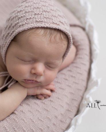 Baby Hat for Newborn Photo Girl - Zara Europe