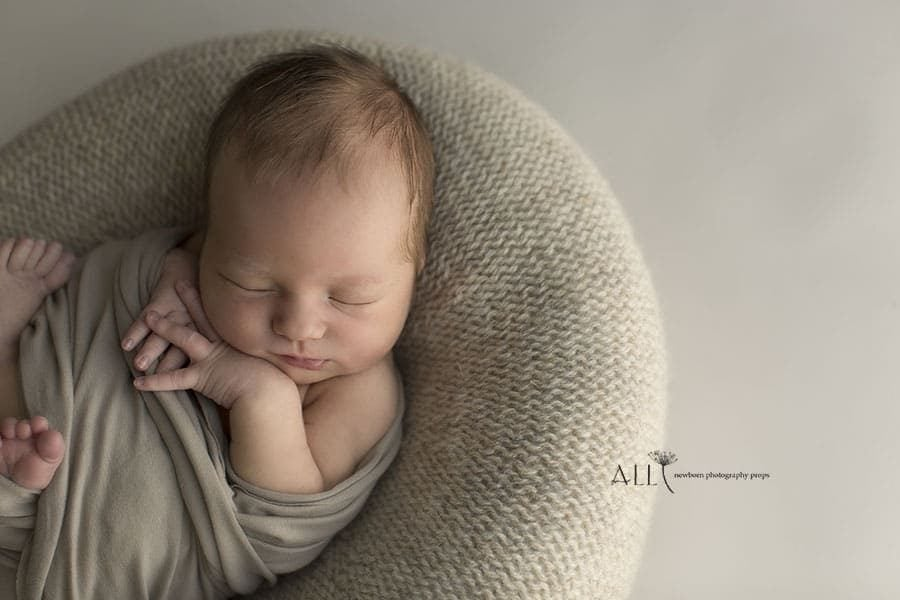 Newborn Posing Beanbag Alternative - 'Create-a-Nest'™ Miraji eu