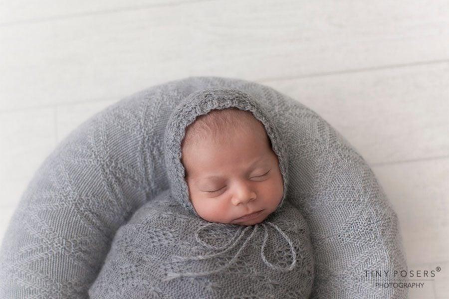 Posing Ring for Newborn Boy - 'Create-a-Nest'™ Ralph grey foto props europe
