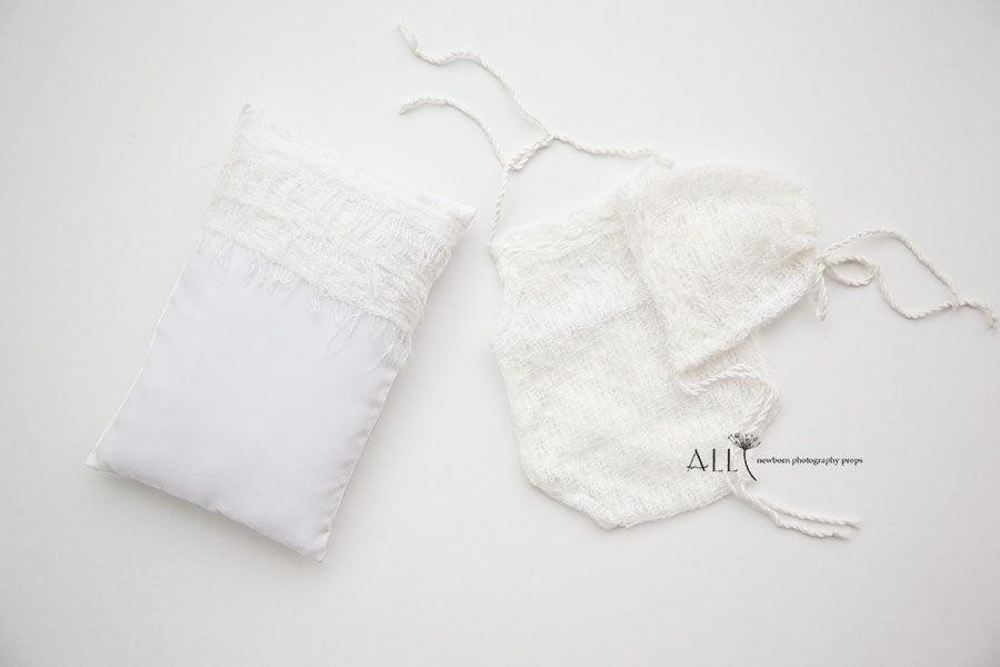 Newborn Boy Photo Outfit – Romper white cream new born props uk