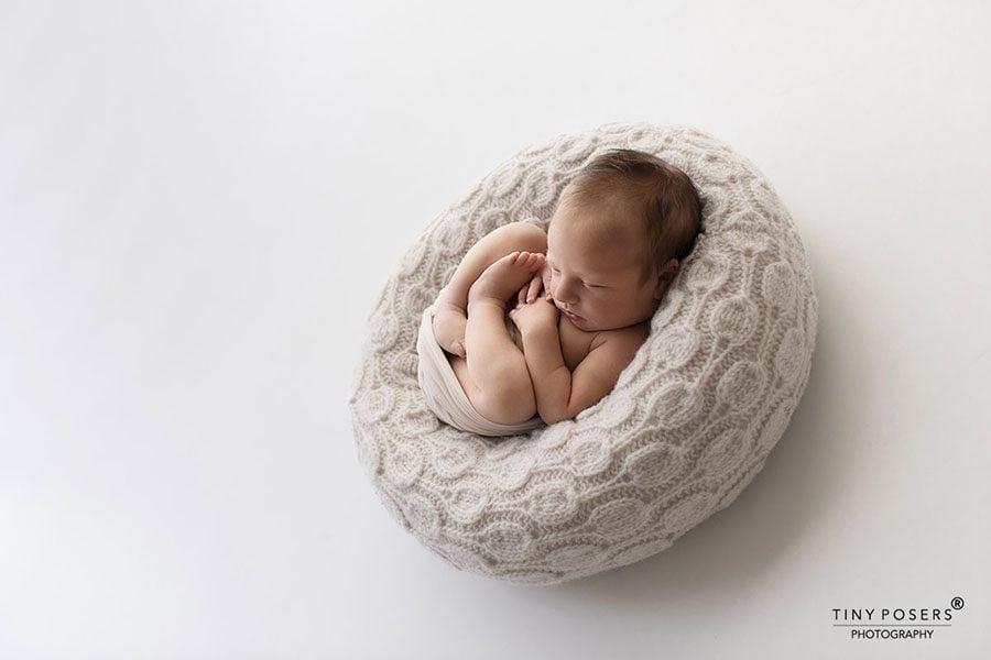 Baby Bean Bag Poser - 'Create-a-Nest'™ Ulises alternative newborn posing prop photography eu