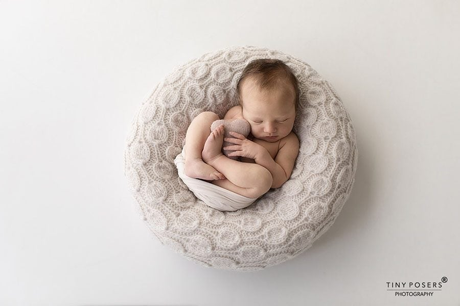 Baby Bean Bag Poser - 'Create-a-Nest'™ Ulises photography props for sale europe