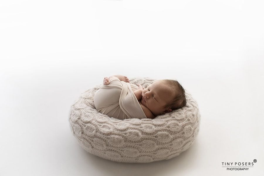 How to Pose Newborn on the Best Photography Poser 'Create-a-Nest'™
