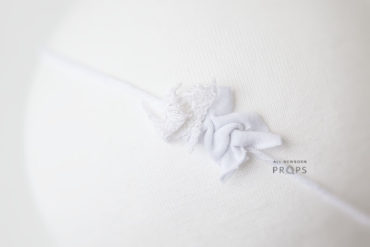 white-lace-newborn-headband-tie-back-prop-shop-europe-uk
