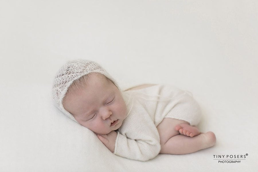 Newborn Photo Outfit Boy - Knitted Romper white cream all newborn props