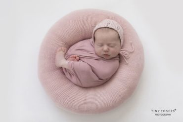posing ring newborn girl pink photoshoot props polen