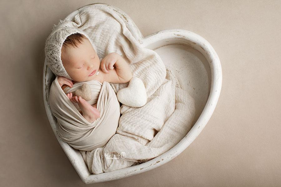 Newborn-Photography-Knitted-Hat-girl-textured-vintage-newbornprops-eu