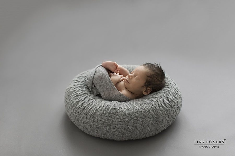 Baby Poser for Photography - 'Create-a-Nest'™ Fletcher grey foto props europe