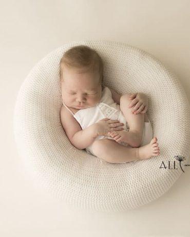 Newborn Beanbag Poser - 'Create-a-Nest'™ Harriet europe