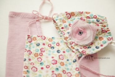 romper-overall-bonnet-hat-set-wool-all-newborn-props-photo-prop-photography-pink-cream-flowers