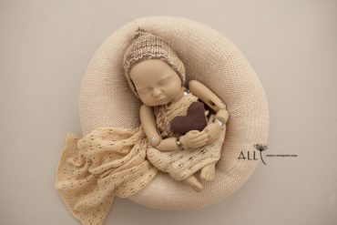Baby Photo Shoot Accessories – Harriet/Demetri Set