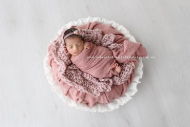 Newborn Photography Basket Prop Girl Photoshoot White - Joseph Vessel EU