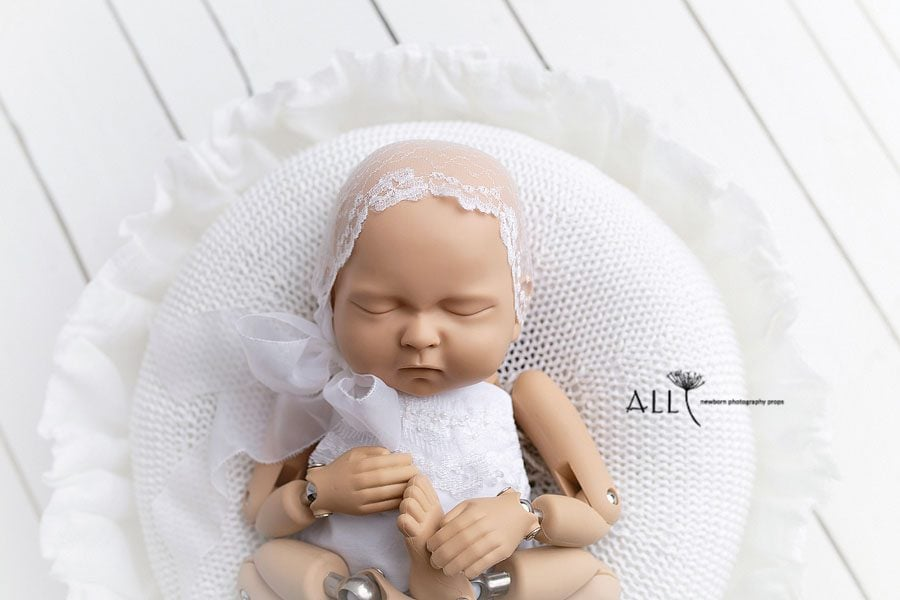 Newborn Posing Bowl Girl Photography White - Joseph Vessel | Less Than Perfect Europe