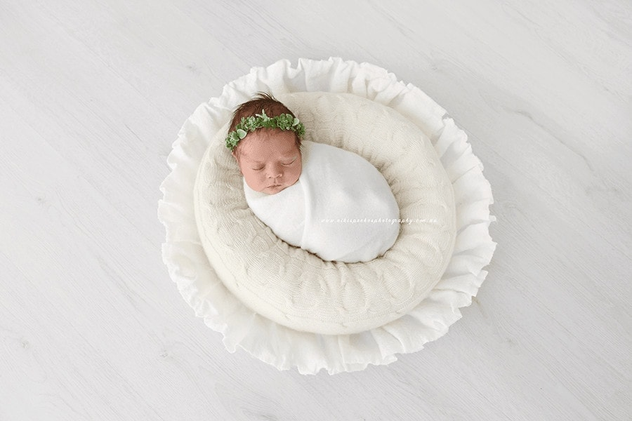 Newborn Photography Ideas: Newborn Posing Bowl White Eu