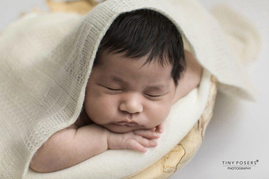 newborn-baby-wraps-for-photography-white-neutral-cream