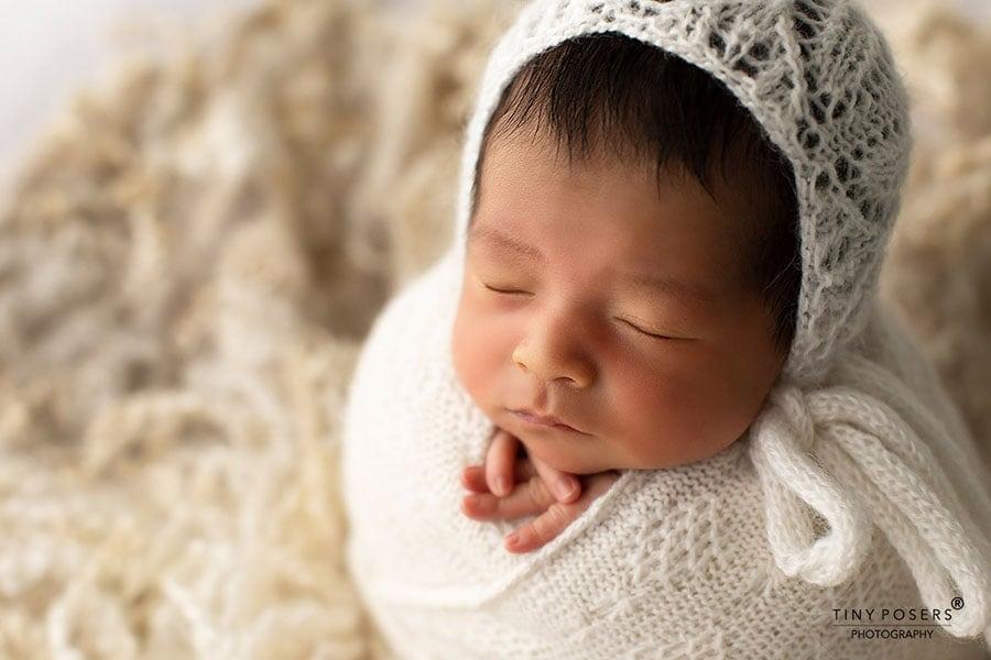 newborn-bonnet-photo-prop-girl-boy-lace-white-europe