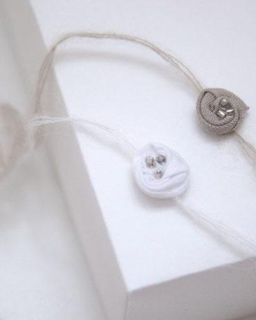 Newborn-Baby-Headbands-Tiebacks-dainty-rose-newbornprops-europe-uk-white-tan