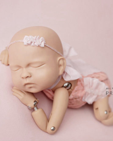 newborn-photo-prop-matching-bundle-romper-posing-fabric-headband-tieback-europe