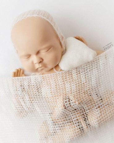 newborn-knit-wrap-white-wickeltücher-europe