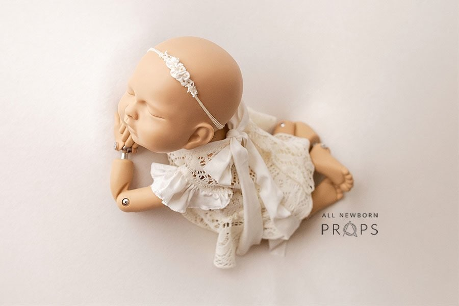 Newborn Photography Outfit - Girl Lace Top & Diaper Cover Set Yuliana