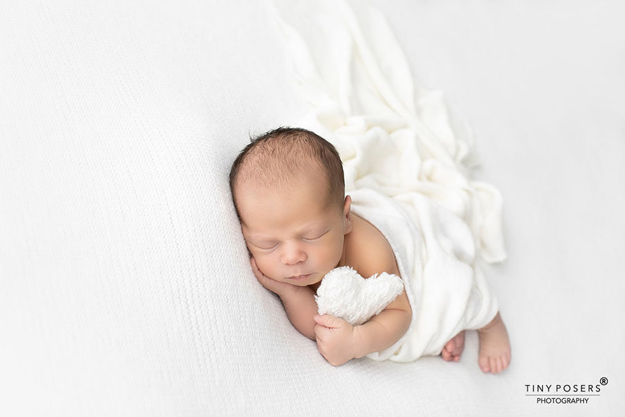 newborn-prop-for photography-heart-toy-europe
