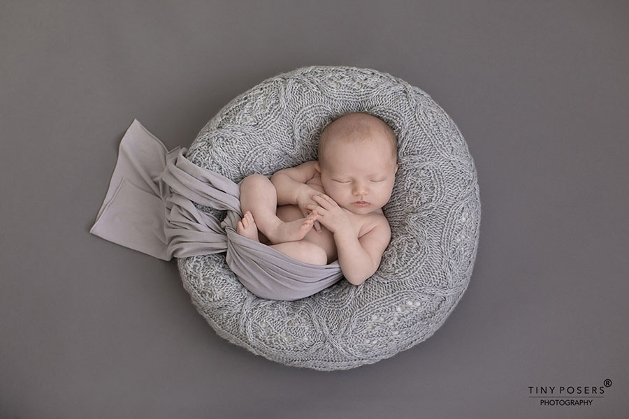 newborn-photography-sets-boy-poser-wrap-grey-photoshoot-props-for-sale-uk