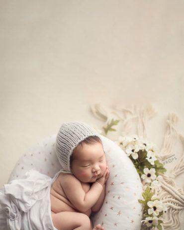 baby-prop-bundle-photography-poser-wrap-bonnet-girl-europe2
