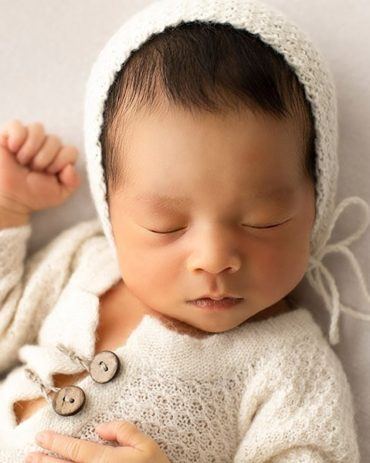 newborn-photography-outfits-knitted-sleepers-boy-newbornprops-eu