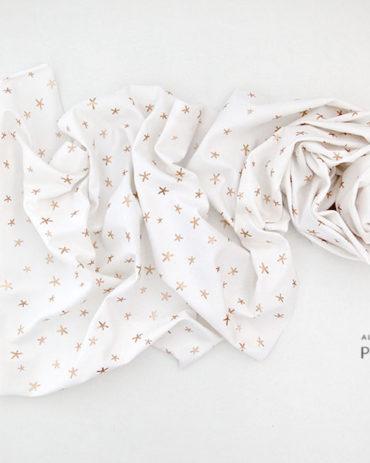 newborn-wrap-photography-prop-boy-girl-white-stretchy-europe-uk