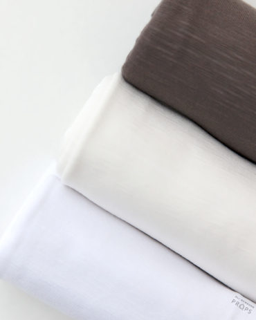 Newborn-Photo-Prop-Wrap-jersey-white-cream-brown-europe