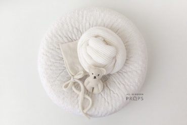 Newborn-baby-props-for-photography-poser-wrap0hat-teddy-europe-white