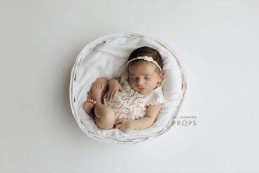 Studio-Photography-Props-Girl-set-bowl-outfit-headband-newbornprops-eu