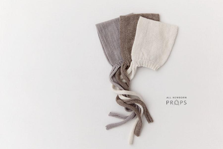 newborn-photography-hat-boy-cream-grey-brown-europe