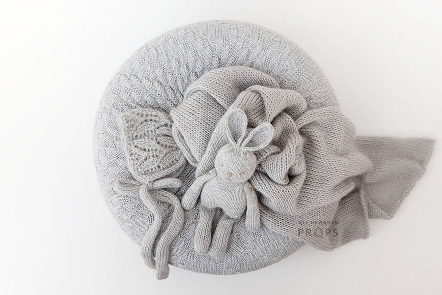 newborn-baby-photoshoot-props-set-poser-wrap-bonnet-bunny-eu