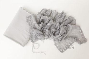 Newborn-Photography-Wrap-Set-beanbag-backdrop-bonnet-grey-europe