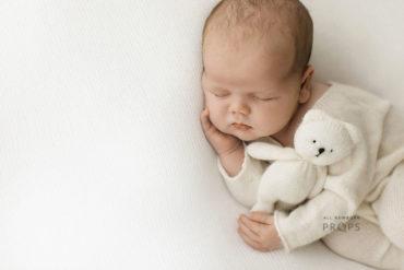 newborn-photography-props-set-girl-boy-posing-backdrop-sleepers-teddy-gear-white-europe