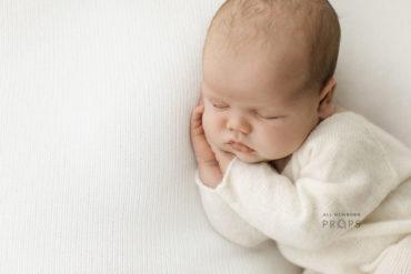 newborn-photography-props-set-girl-boy-posing-backdrop-sleepers-white-europe