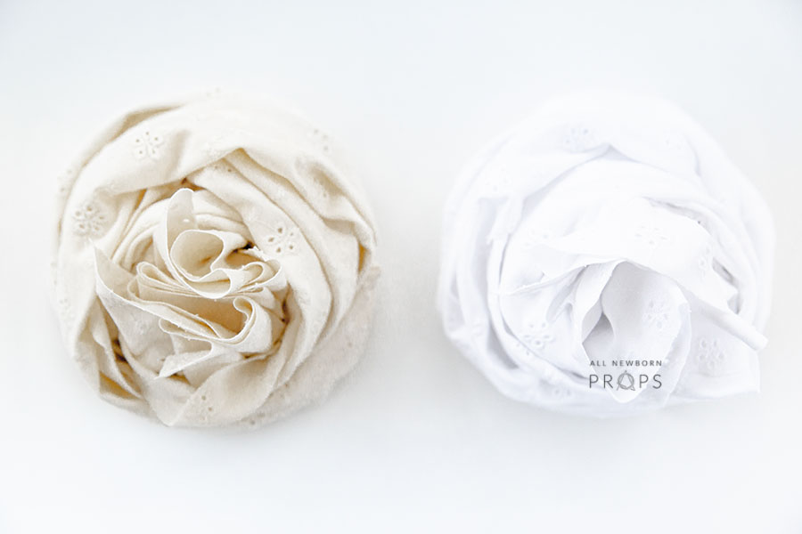 newborn-wrap-for-photos-swaddle-white-textured-neutral-wickeltücher-europe