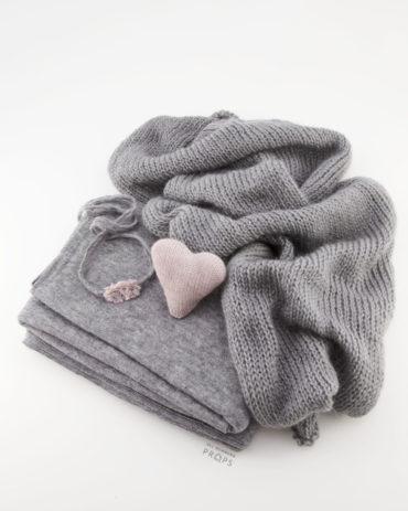 newborn-photoshoot-prop-set-beanbag-backdrop-wrap-headband-heart-eu2