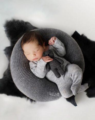 baby-boy-photography-prop-bundle-poser-sleepers-bear-europe